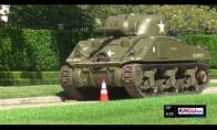Tankas kaimynystėje