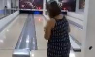 Rimtas bowlingo feilas