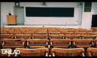 Keistas lektoriaus pasisveikinimas paskaitose