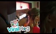 Šukuosena su dulkių siurbliu