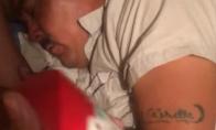 Pokštas miegančiam vyrui