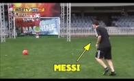 Ar Messi ir Neymaras sugebės įmušti į vartus, kuriuos saugo robotas?