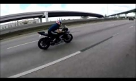 Motociklo vairuotoją sumėtė lekiant 130 km/h greičiu