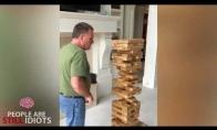 Nerealių keistenybių video rinkinys