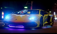 Neoniniai Lamborghini Japonijoje