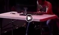Geimeriui neišlaikė nervai, tad šis sudaužė kompiuterį čempionato metu