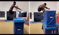 Kaip aukštai gali užšokti šis vaikinas?
