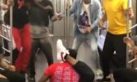 Šokis traukinyje